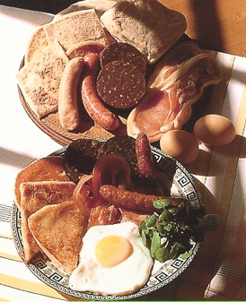 The complete Irish Cooked Breakfast, or 'Full Irish'