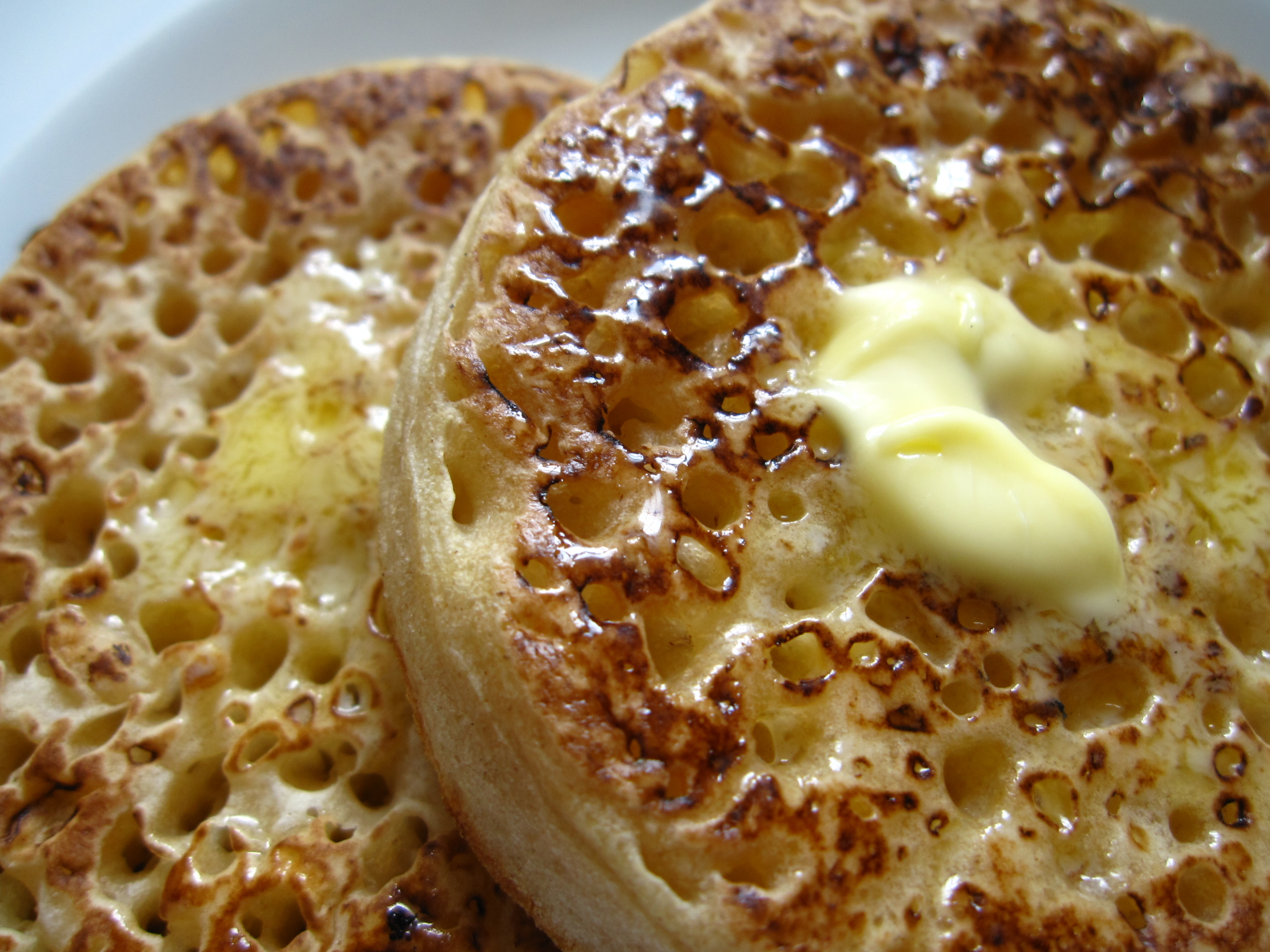 Buttered crumpets